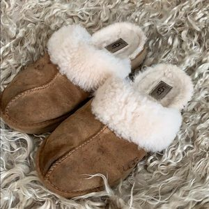Uggs size 5